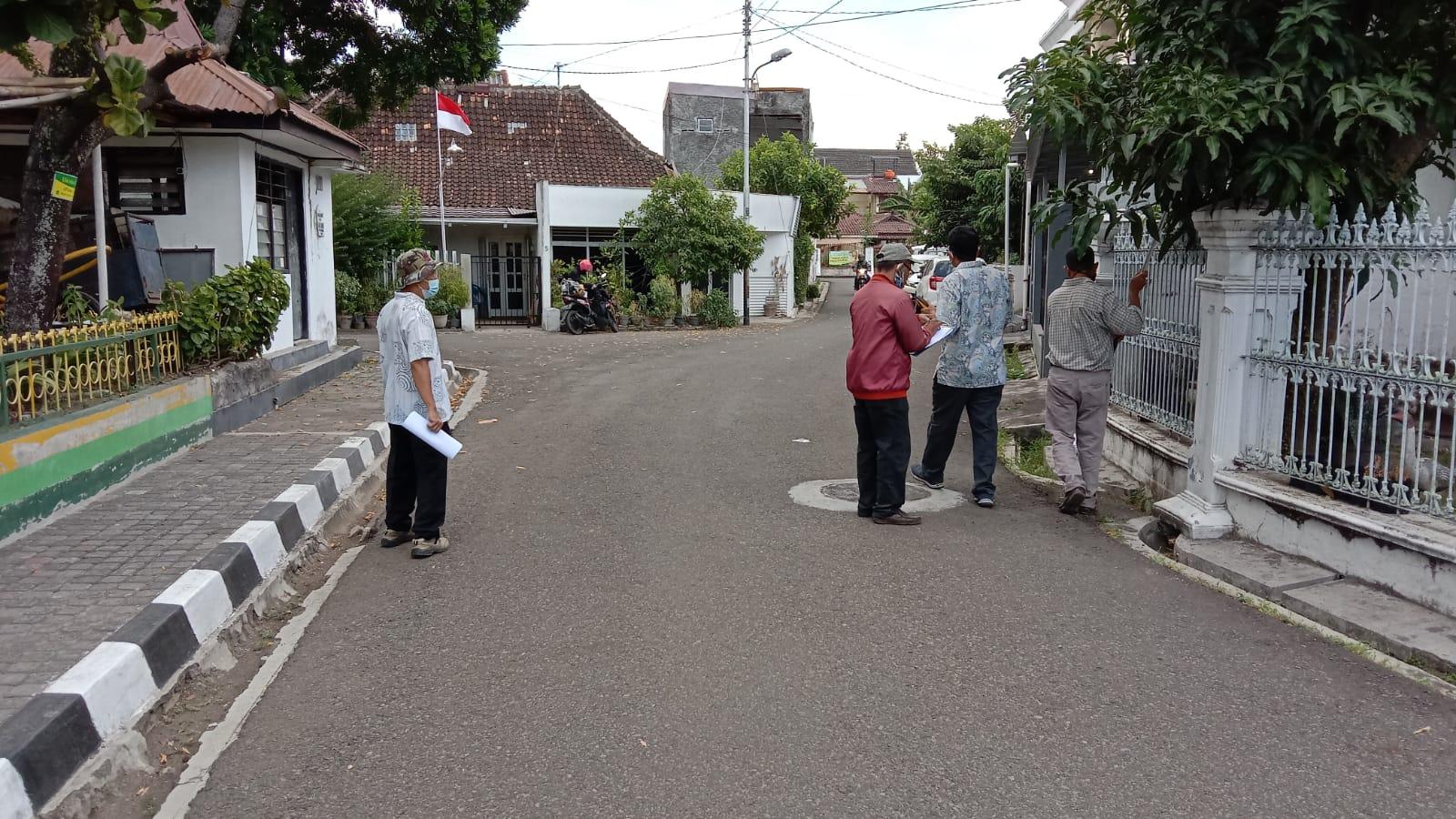 Pengukuran Tanah di Jalan Bakung